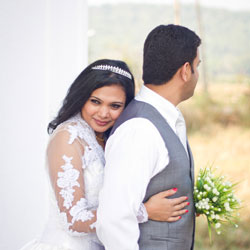Candid wedding photographers in Goa